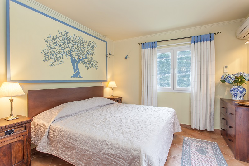 The 'Blue' bedroom at Villa Octavius